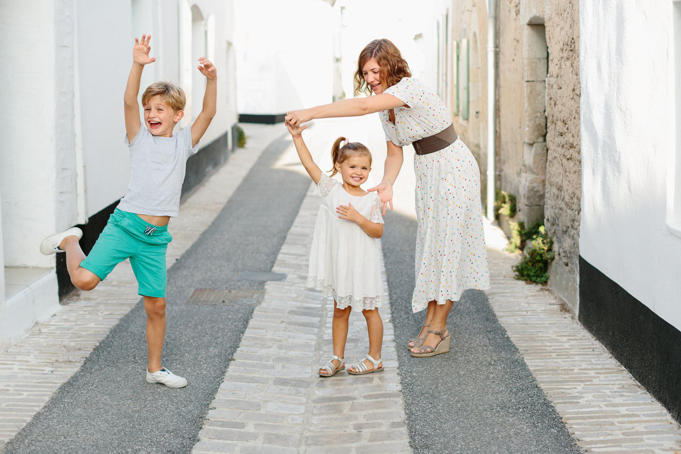 Photo de famille Ile de Ré bord de mer