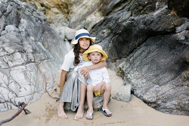 seance-famille-a-la-mer-plage-saint-marc-sur-mer